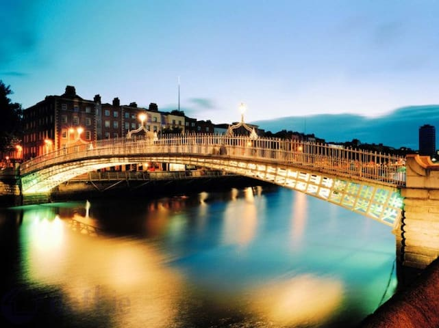 Heart of Dublin3bedAptNearTempleBar