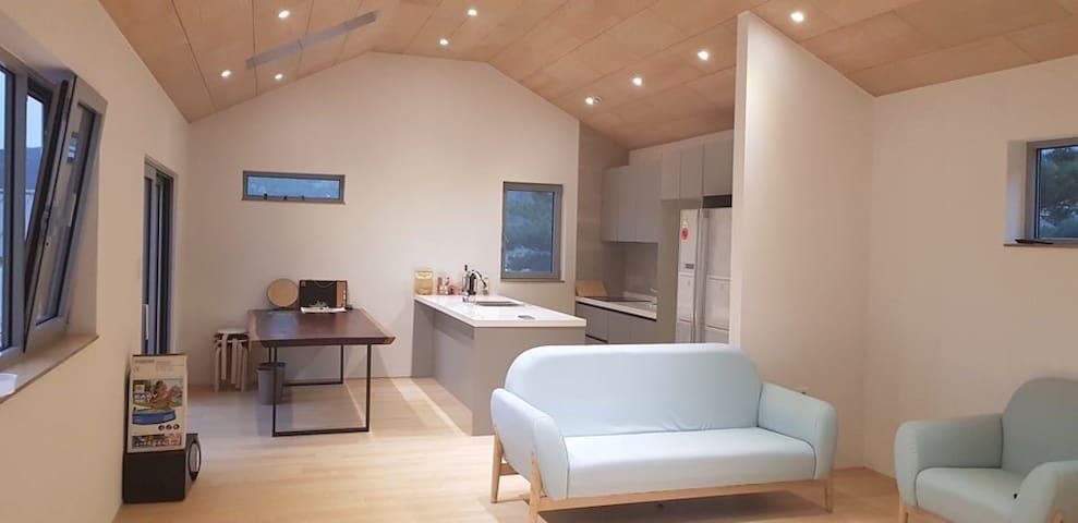 맑은주택(12월 평일가격할인)