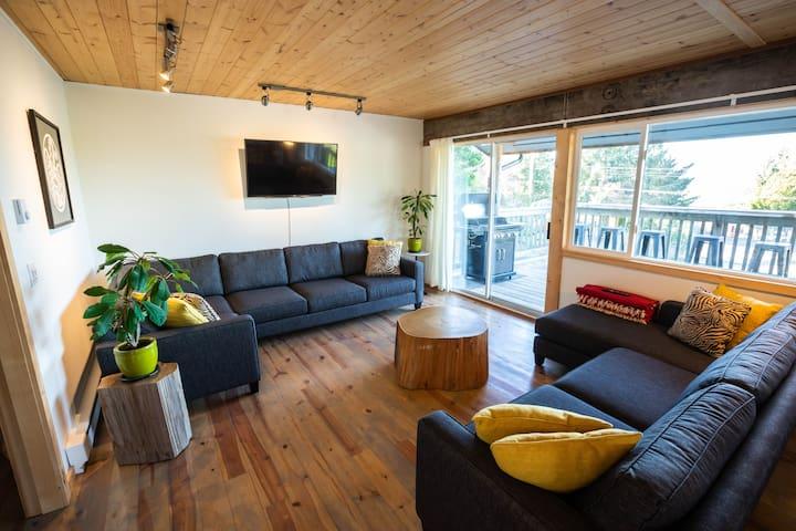 Cozy 3-Bdr home, short walk to best restaurants