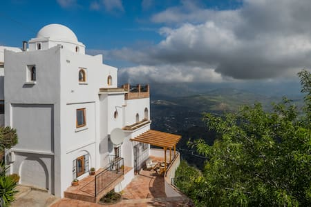 Cliff top apartment Comares - Comares - Appartement