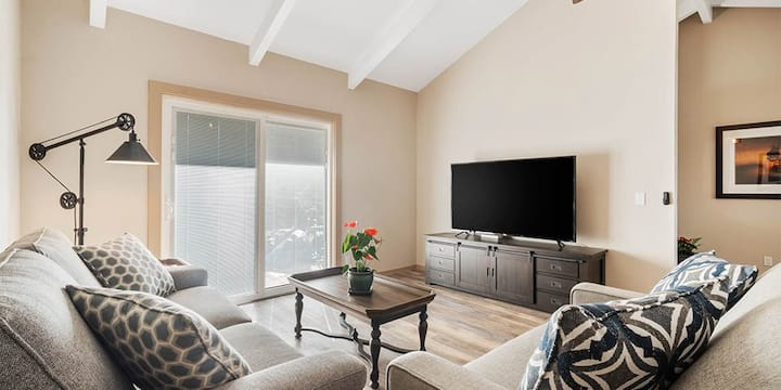 Exclusive Paniolo Suite, Newly Remodeled 1 Bdrm