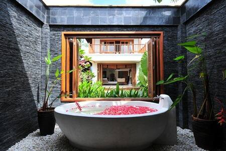 The Escape Villas - Muang