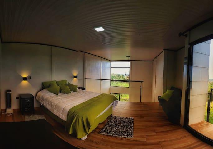 Bella habitación para descansar al pie de la montaña..!