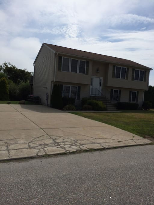 6 bed 3 bath walk to beach w ac houses for rent in for Rhode island bath house