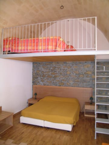 Historical centre studio flat - Montescaglioso - Rumah