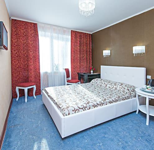 мини-отель Глобус  - Perm' - Bed & Breakfast