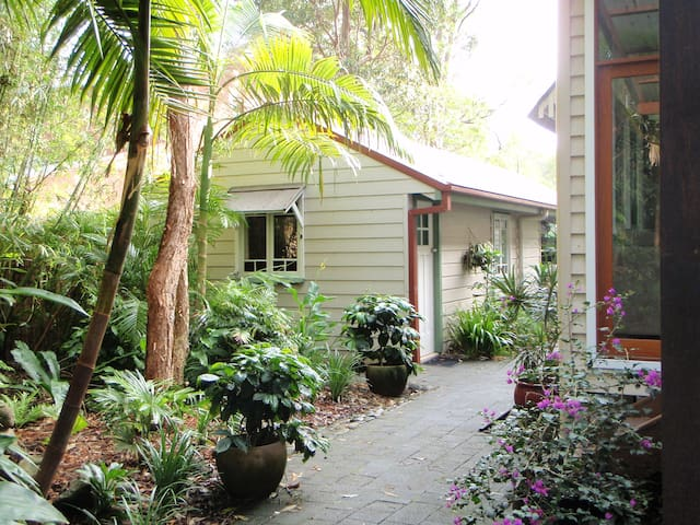 Lilli Pilly! Private Room/Ensuite! - Byron Bay - Bed & Breakfast