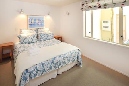 Superior Strand · Superior 2 Bedroom 2 Bathroom