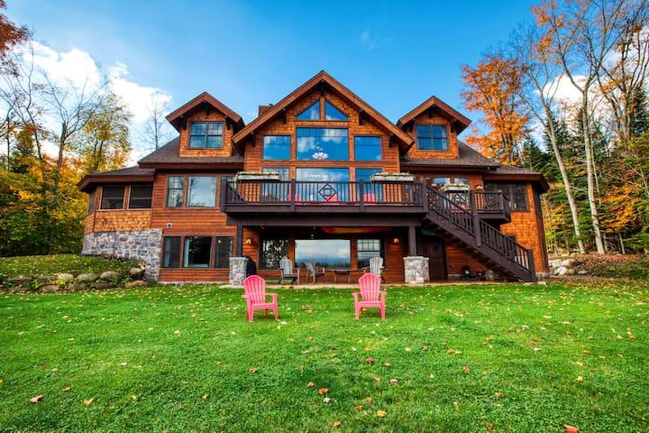 HemLocke Lodge  Panoramic Mountain Views!