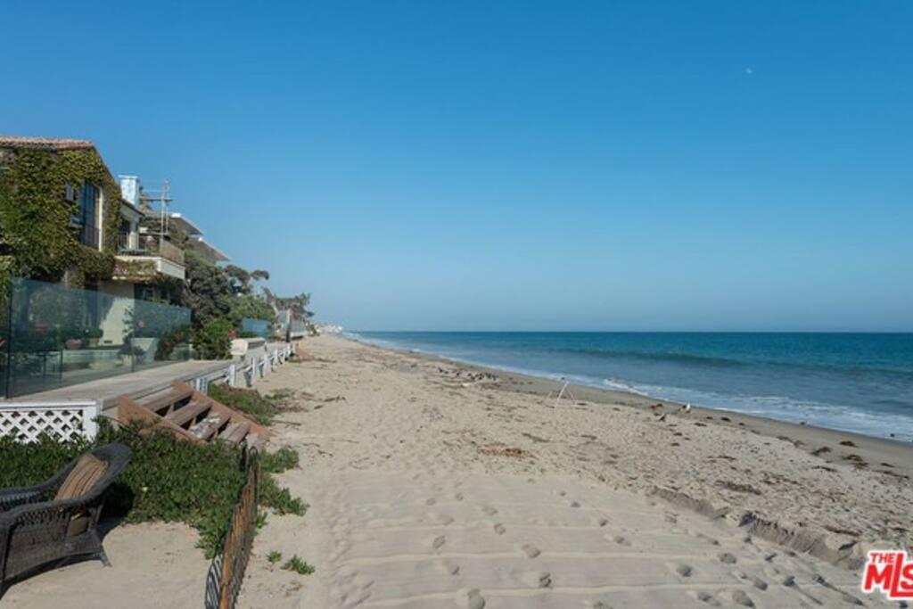 gorgeous Carbon Beach