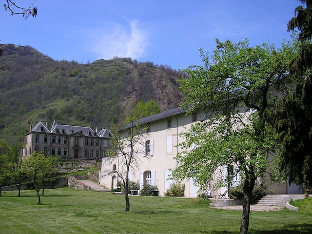 Apartment in Les Cabannes, Pyrenees