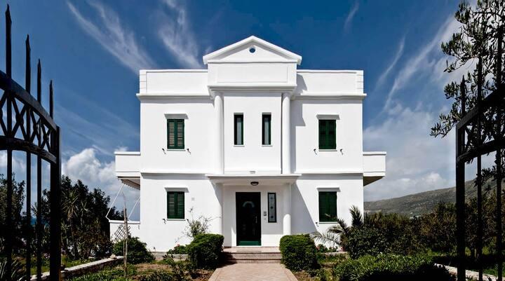 Smaragdi 3 Bd Family Villa