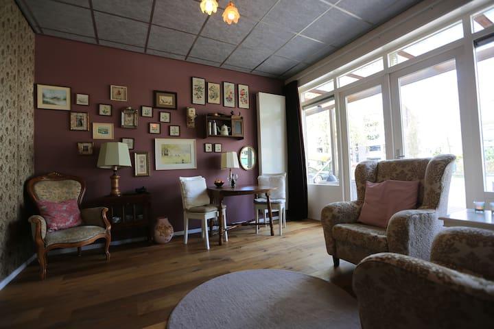 Oud-hollandse kamer Jugendstilvilla - Velp - Wikt i opierunek