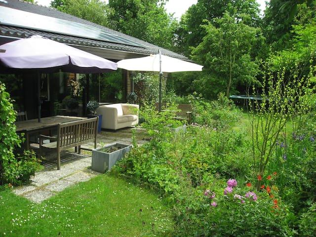 LindenBergh Villa Bergen NH - Bergen - Villa
