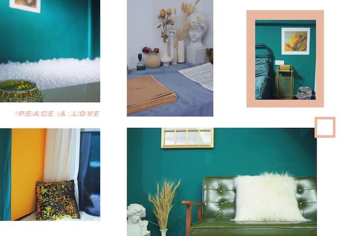 大蕾哥出品•Vintage House•loft复式•泡面复古投影屋•透明海洋球•邻万达宝龙