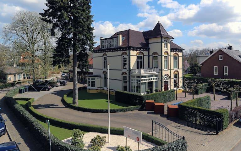 Jugendstil villa - Velp