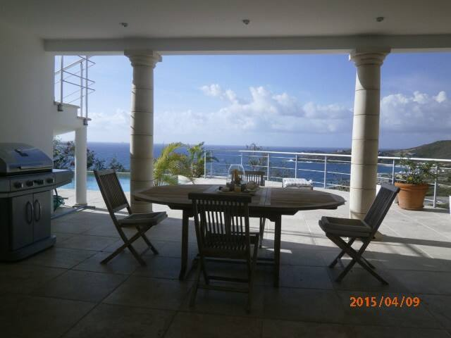 Zofia's Ocean View 1 Bedroom - Upper Prince's Quarter - Apartamento