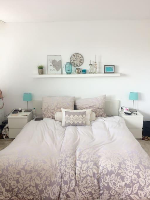 Schlafzimmer, Bett 180cm