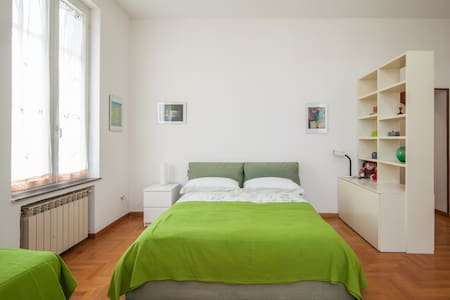 room Donna Costanza (tripla o quadrupla)