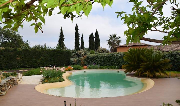 """Le Vieux Murier """"Suite Parme"""" Calme Piscine Jardin"""
