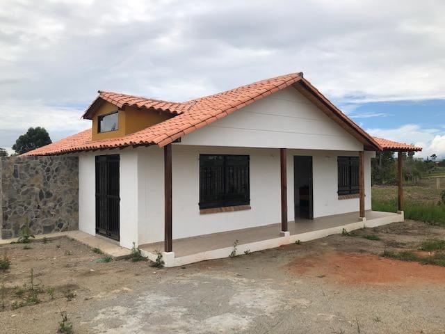 Cabaña Pueblito Acuarela, Mesa de los Santos