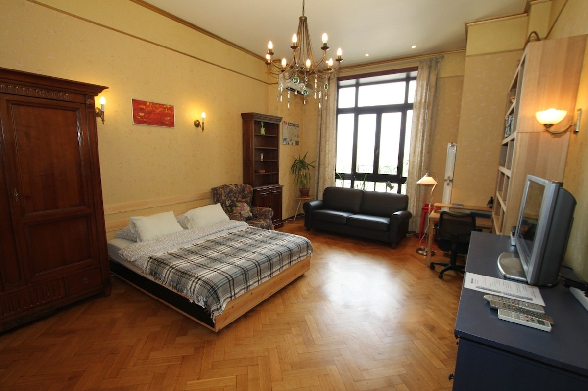 Buy an apartment in Turin in rubles