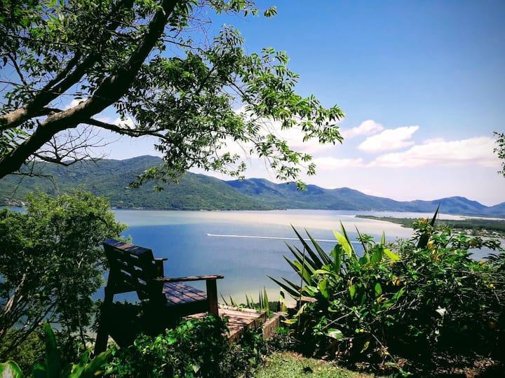 Casa na Mole: vista incrível em paraíso particular
