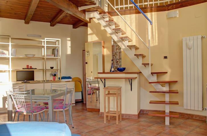 LOFT: 4 posti letto, cucina e bagno - Campobasso - Çatı Katı