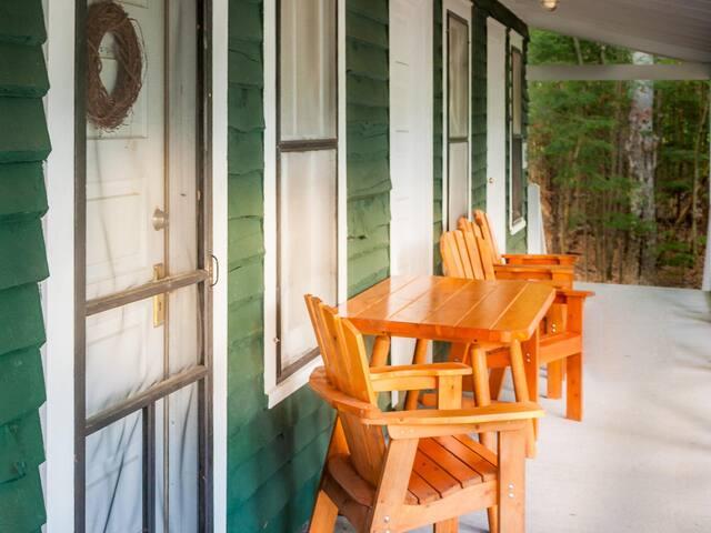 Junior Suite-Ensuite-Traditional-Woodland view-Osgood