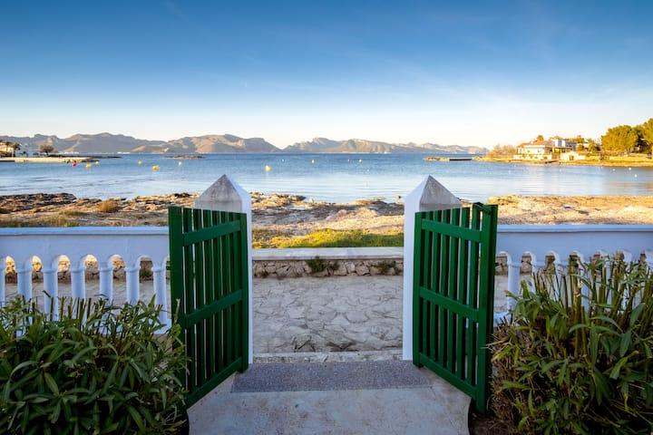 Villa Ca'n Verd en primera línea de mar