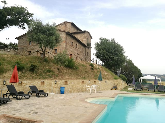 APP.TO GINESTRA 1 bedroom,living room,5 pax 70mq