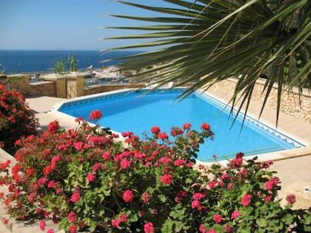 TA' VELLA  Gozo - Mgarr - House