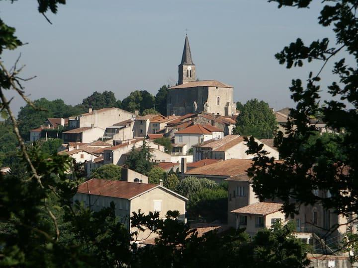 Idyllic Hilltop Villa - SW France