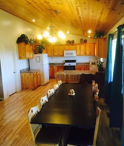 Canyon Creek Lodge - Canyon/Snowflake:  Sleeps 30