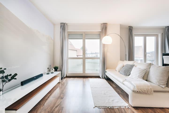 Modernes Apartment mit Netflix Heimkino in Dresden