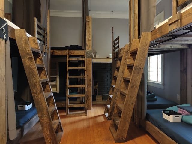 Mixed/Co-Ed Dorm, UPPER/TOP Bunk #D2 for Nomads