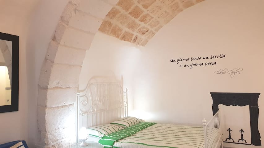 Cozy and charming studio steps to Ostuni old town