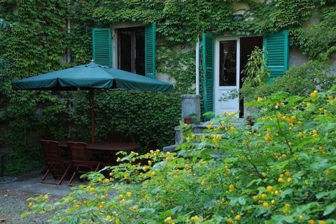Apartament de grădină în apropiere de Bolgheri