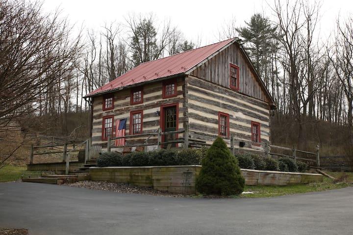 Spruce Creek Guest Cabin