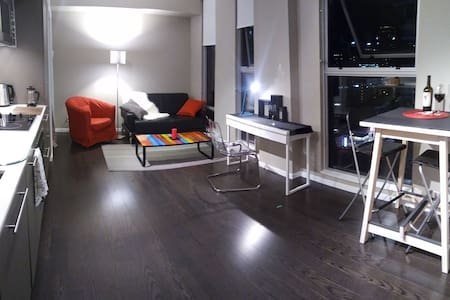 Heart of Downtown Vancouver,modern style 1 bedroom - Vancouver - Apartment