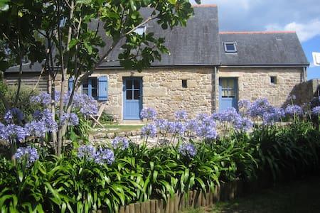 Petite maison de bord de mer à Sainte Marine - Combrit - 独立屋