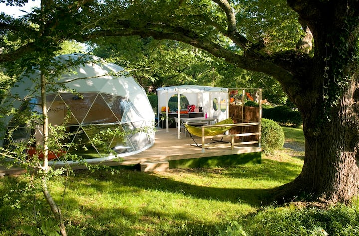 Dome 5 - glamping in the heart of the campsite