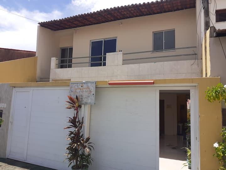 Casa mobiliad:2 quarto e escritório em condomínio