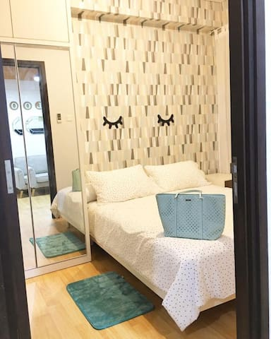 Bed room with high end mattress to ensure your quality of sleep
