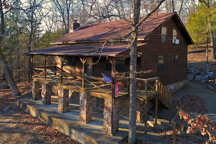 Cabin@Beneva Bluff 5 acres~Big/Private/Convenient