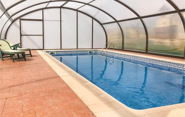 Holiday cottage with 3 bedrooms on 120 m² in Villarín de Campos