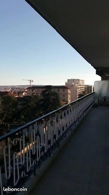balcon/vue sur cannes