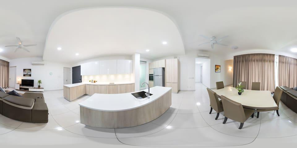 Award winning waterfront condo - Gelugor - Condominium