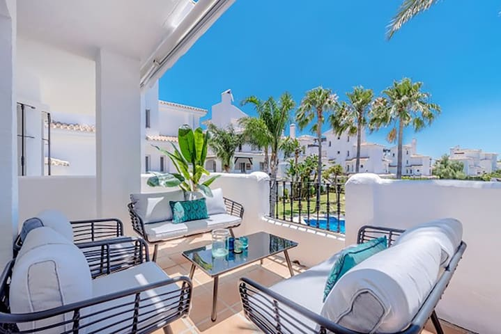 Stylish & Modern apartment close to Puerto Banus