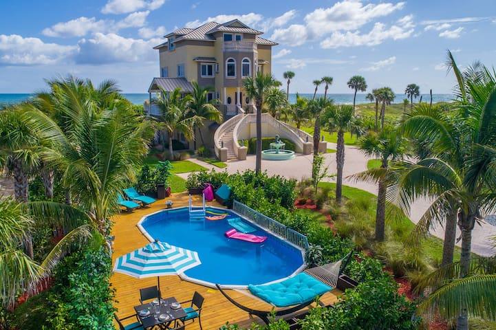 Bella Vista: 6+BR/5BA ON THE BEACH w/pool+elevator